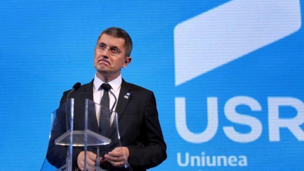 Tot mai multe informații ies la iveală despre Dan Barna, unele surse afirmând că s-ar plănui schimbarea liderului Uniunii […]