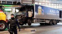 Uzbecul Rakhmat Akilov s-a suit la volanul unui camion de mare tonaj și a intrat cu viteză pe stradă […]