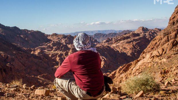 "MEE (Middle East Eye): ""Beduinii din Sinaiul de Sud se întorc la originile lor"" Tribul Jabaliya (Geabelia) – […]"