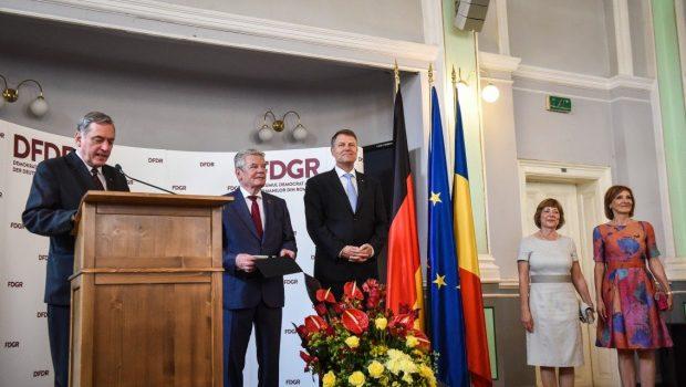 ACSH = Asociația Civică Solidaritatea Hunedoreană FDGR = Forumul Democrat al Germanilor din România GEG = Grupul Etnic Germandin […]