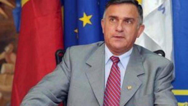 SCRISOARE DESCHISĂ ADRESATĂ PREȘEDINTELUI ROMÂNIEI ȘI LIDERILOR PARTIDELOR POLITICE PARLAMENTARE ÎN LEGĂTURĂ CU FORMAREA URGENTĂ A UNUI GUVERN DE […]