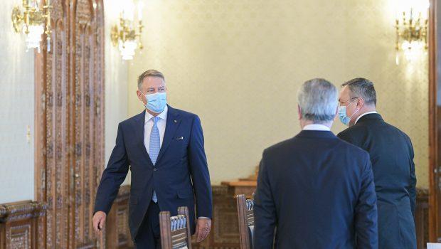 Președintele Klaus Iohannis ezită să-și asume răspunderea. Se teme. Dovedește nu bărbăție, ci lașitate. Își dorește să fie în […]