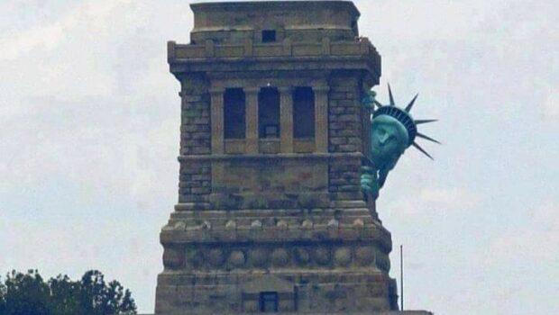 Dărâmarea statuilor, interzicerea unor filme artistice, negarea istoriei, ștergerea culturii și identității naționale!       […]