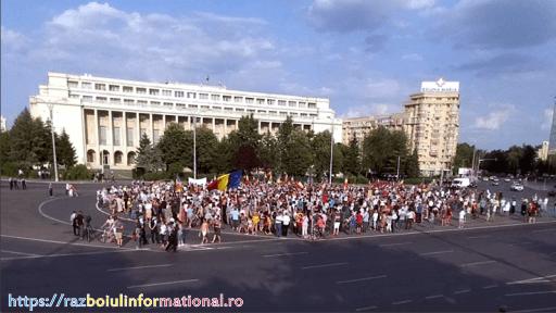 Circa 1500 de persoane au protestat la Bucureşti, în Piaţa Victoriei, împotriva Carantinei, presa a mințit noi am făcut […]