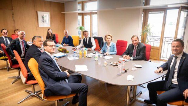 Preşedintele Klaus Iohannis a anunţat triumfător că se întoarce la Bucureşti cu nu mai puţin de 79,9 miliarde de […]
