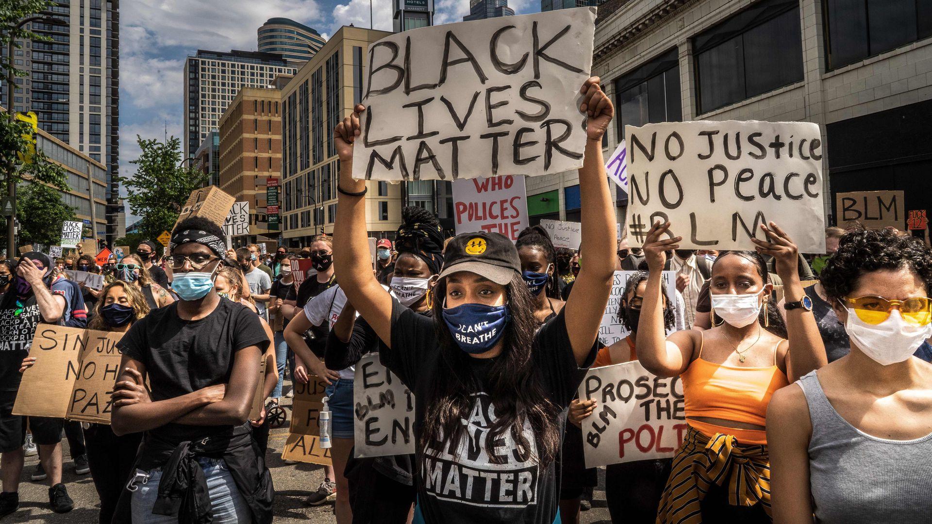 """Denumirea mișcării """"Black Lives Matter"""" nu are absolut nimic de-a face cu drepturile oamenilor care au pielea închisă la […]"""