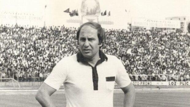 În urmă cu o jumătate de secol, România fotbalistică se reîmpârțise iarăși în trei istorice și seducătoare provincii.Și ca-ntotdeauna, […]