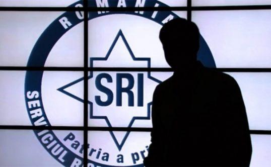 Scandalul de la SRI ar trebui să bubuie. Nu mai puțin decât 32 de diplome false de doctorat urmează […]