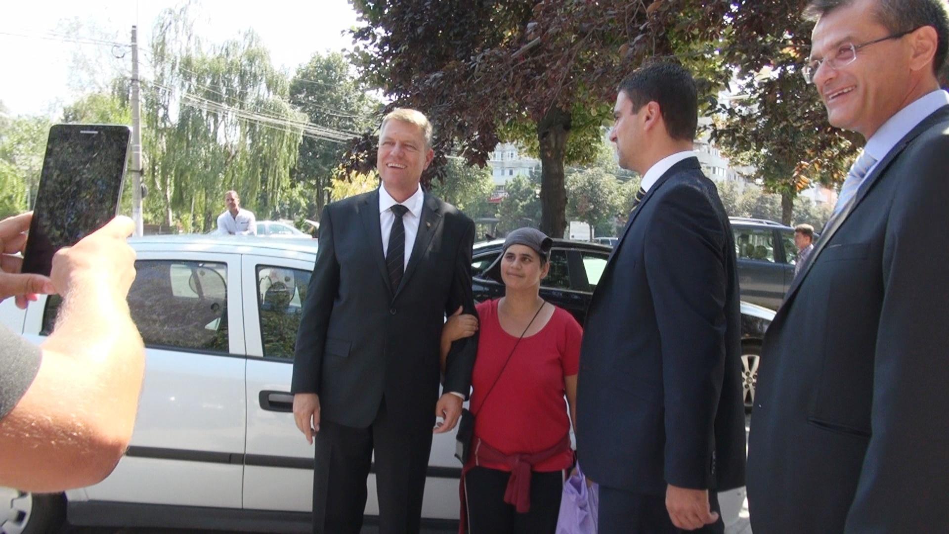 După ultimele două conferințe de presă ale lui Iohannis, analiștii care-l observă și care n-au renunțat să gândească și […]