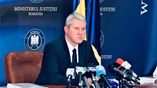 Ministerul Justiției anunţă printr-un comunicat de presă punerea în dezbatere publică a unei prime forme a proiectului de […]