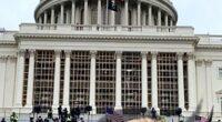 Washington D.C., miercuri, 6 ianuarie 2021. Întreaga lume privește uimită cum mulțimea dezlănțuită șterge pe jos cu imaginea de […]
